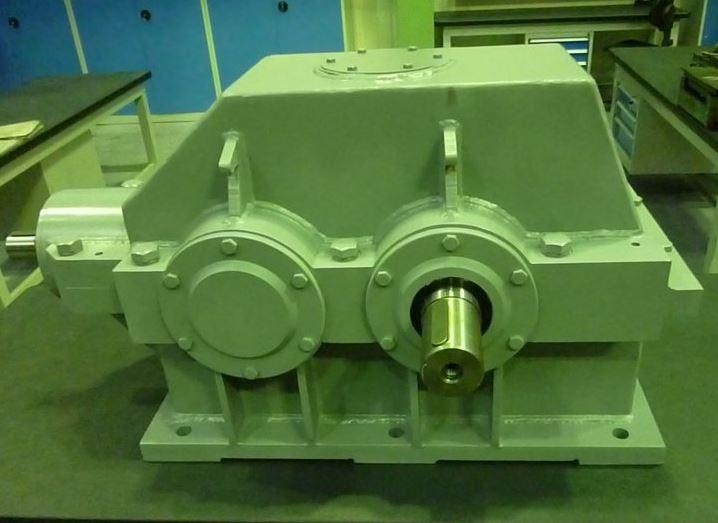 Коническо-цилиндрический редуктор TS 030 406